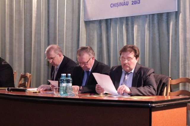 foto congresul XV (2)